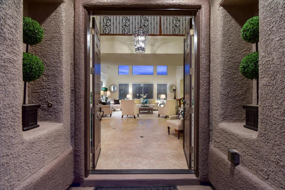 7509 Via Del Mar St Las Vegas-large-002-19-ENTRY-1499x1000-72dpi.jpg