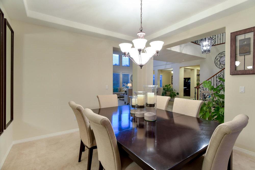 7509 Via Del Mar St Las Vegas-large-007-11-FORMAL DINING-1499x1000-72dpi.jpg