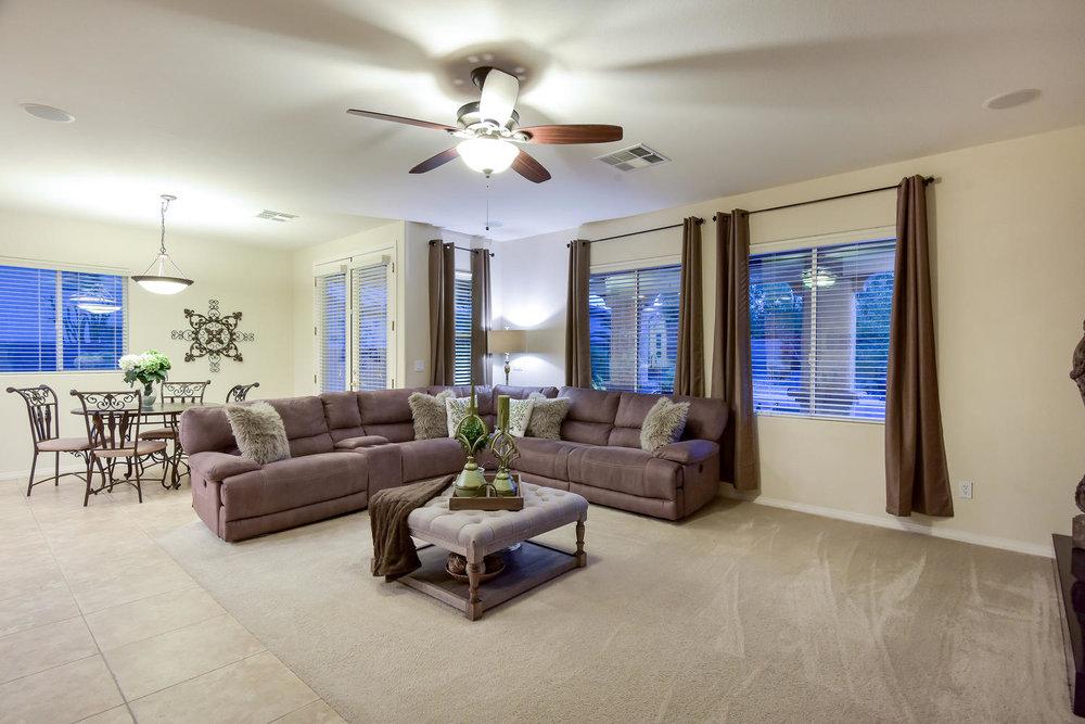 7509 Via Del Mar St Las Vegas-large-009-15-FAMILY ROOM-1499x1000-72dpi.jpg