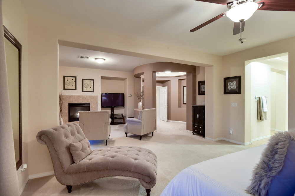7509 Via Del Mar St Las Vegas-large-022-6-MASTER BEDROOM-1499x1000-72dpi.jpg