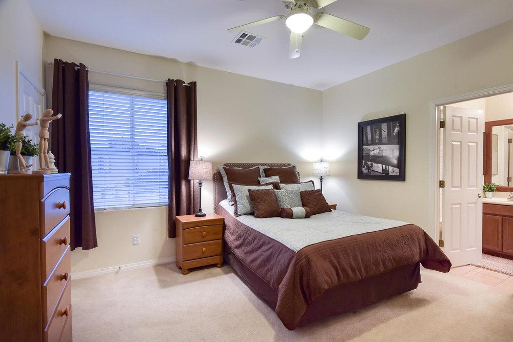7509 Via Del Mar St Las Vegas-large-027-16-BEDROOM 2-1499x1000-72dpi.jpg