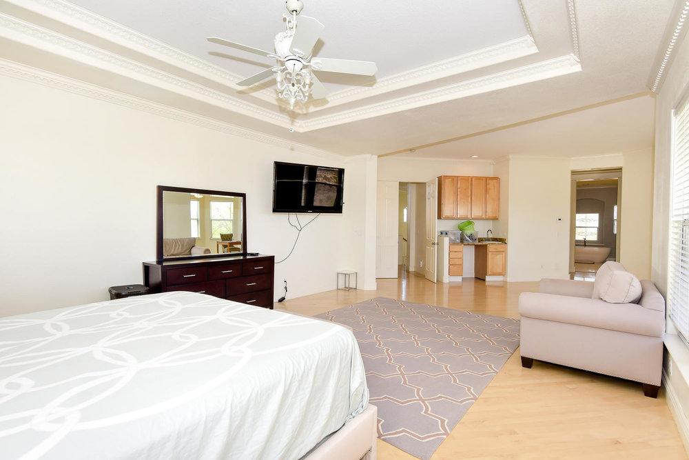 9025 Tierra Santa Ave Las-large-018-10-MASTER BEDROOM-1499x1000-72dpi.jpg