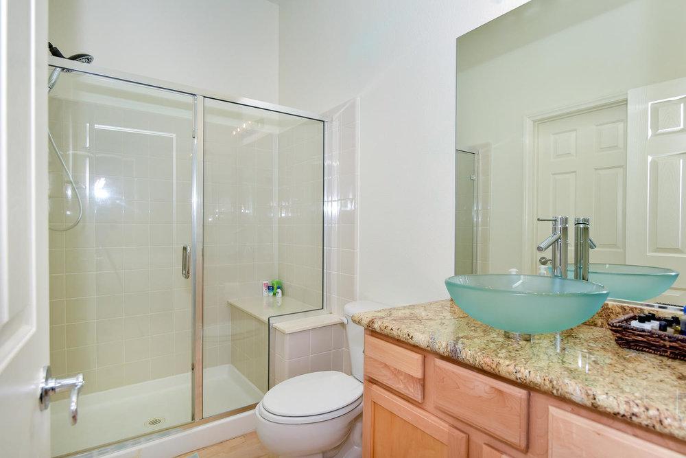 9025 Tierra Santa Ave Las-large-025-31-BEDROOM 2 BATH-1499x1000-72dpi.jpg