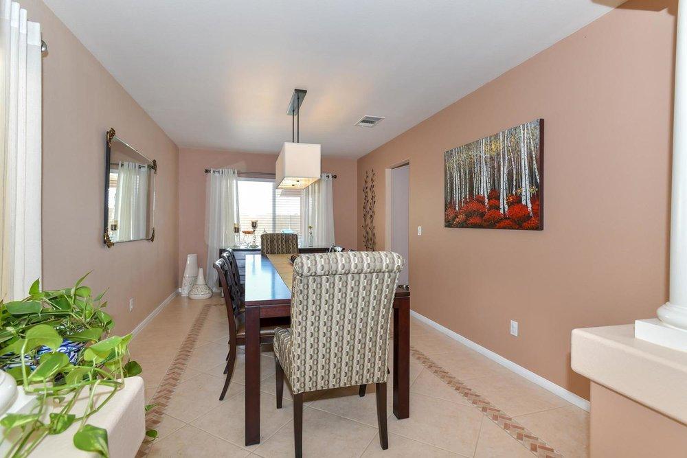 500 Mossy Bark Ct Las Vegas NV-large-006-23-Dining Room-1500x1000-72dpi.jpg