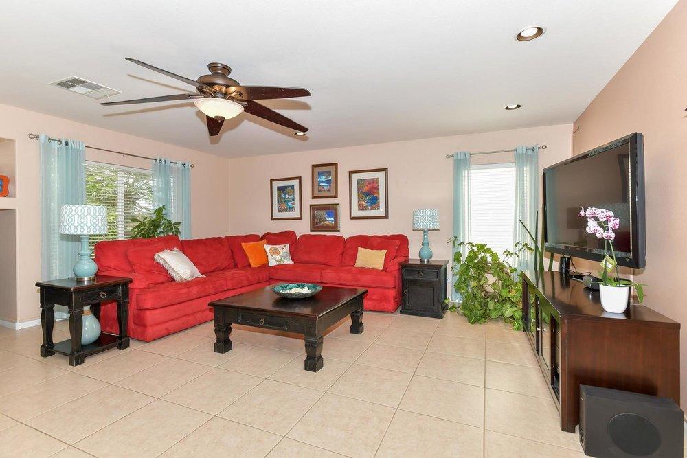 500 Mossy Bark Ct Las Vegas NV-large-009-30-Family Room-1500x1000-72dpi.jpg
