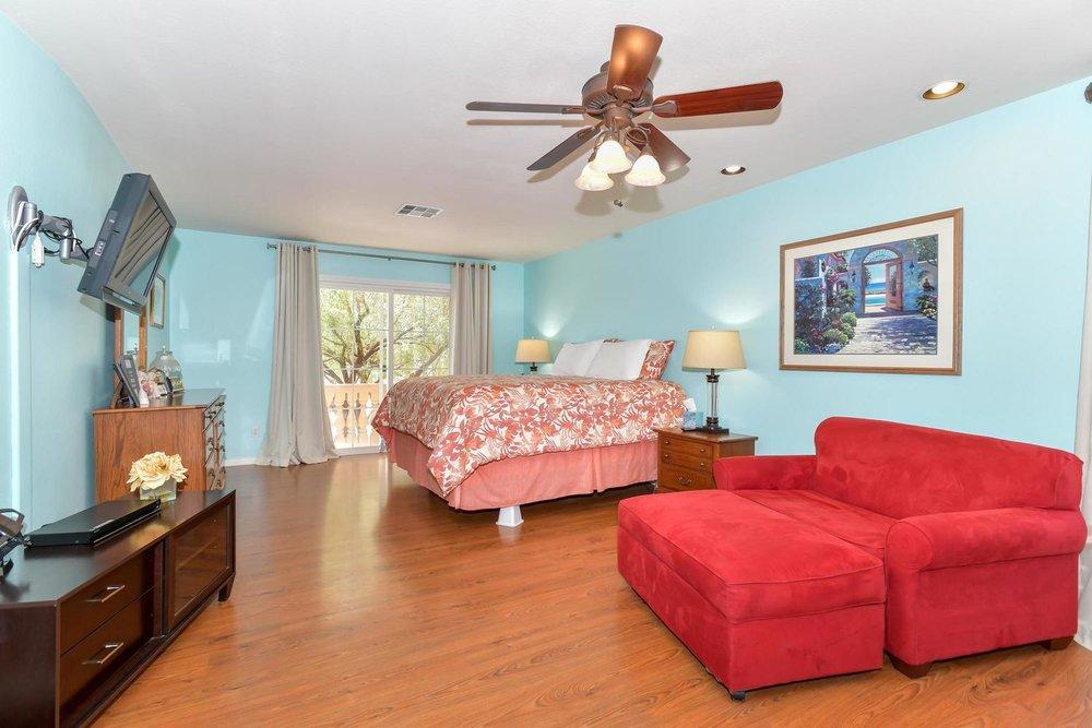 500 Mossy Bark Ct Las Vegas NV-large-015-7-Master Bedroom-1500x1000-72dpi.jpg