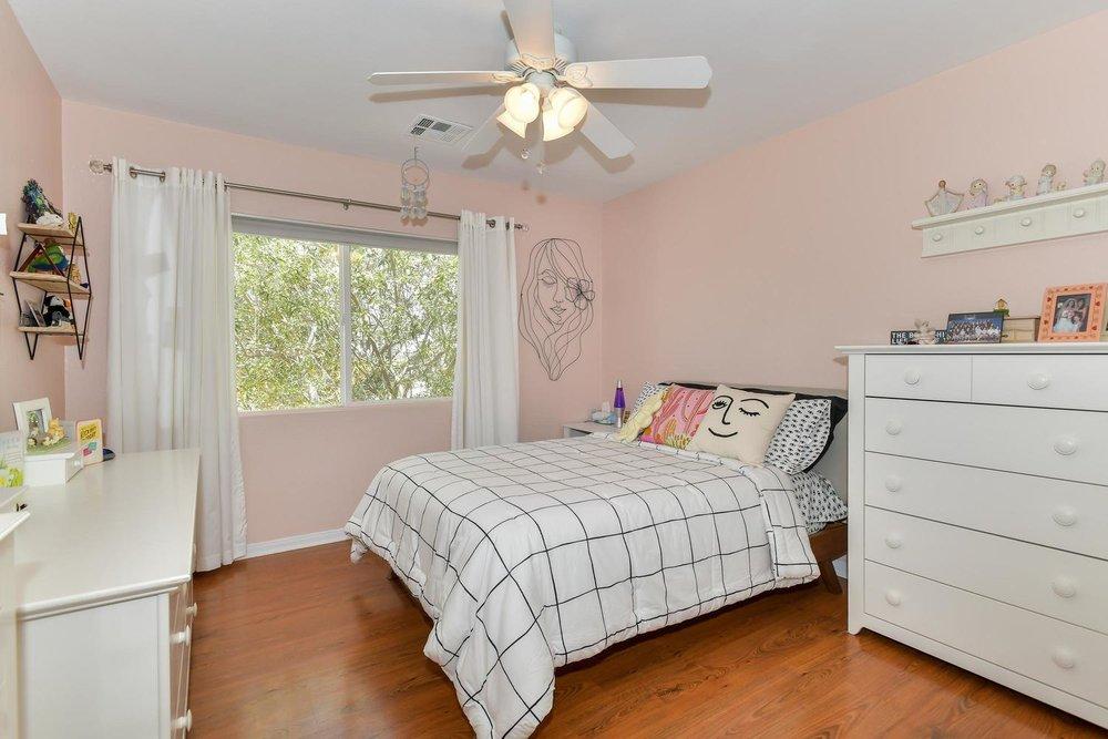 500 Mossy Bark Ct Las Vegas NV-large-020-34-Bedroom 3-1500x1000-72dpi.jpg