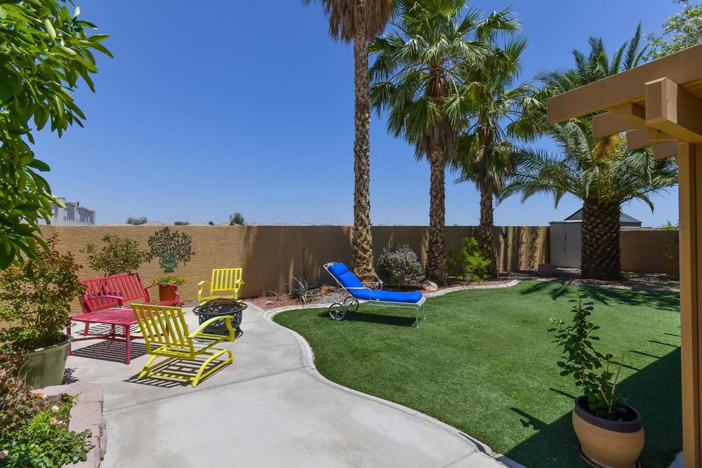 500 Mossy Bark Ct Las Vegas NV-large-034-25-Back Yard-1500x1000-72dpi.jpg