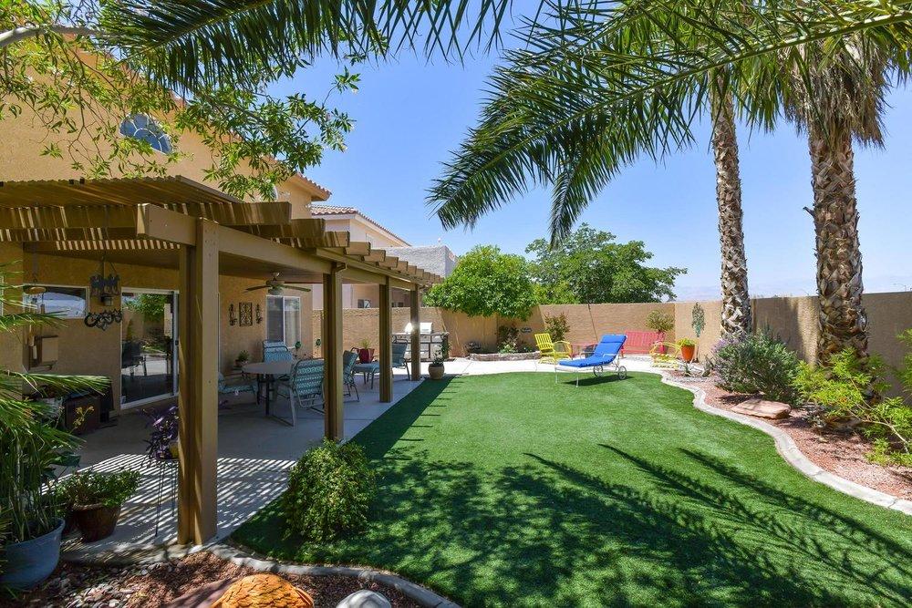 500 Mossy Bark Ct Las Vegas NV-large-031-28-Back Yard-1500x1000-72dpi.jpg