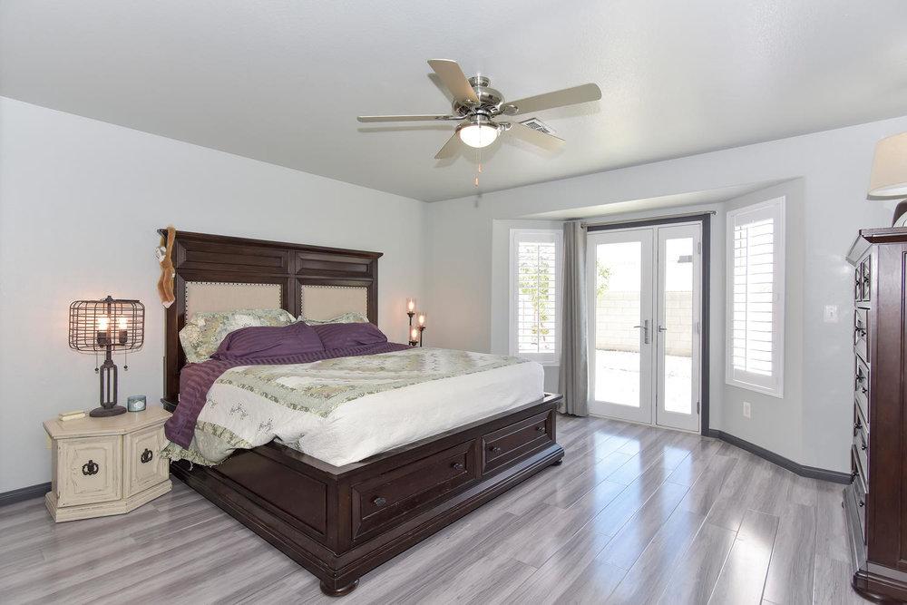 9101 Baysinger Dr Las Vegas NV-large-019-21-MASTER BEDROOM-1499x1000-72dpi.jpg