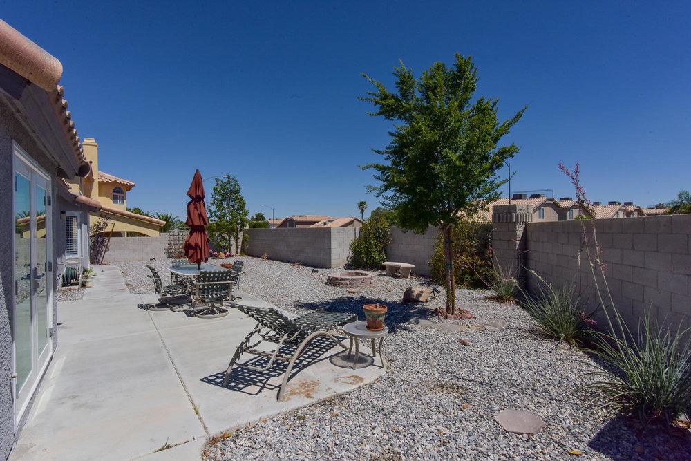 9101 Baysinger Dr Las Vegas NV-large-025-22-BACKYARD-1499x1000-72dpi.jpg