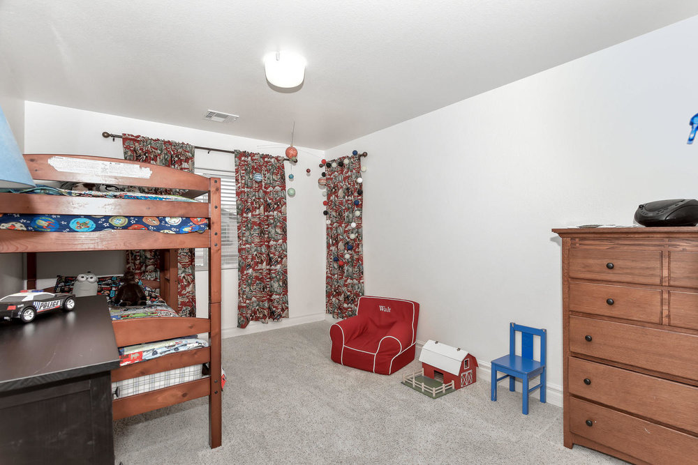 320 Dog Leg Dr Las Vegas NV-large-022-22-BEDROOM 4-1499x1000-72dpi.jpg