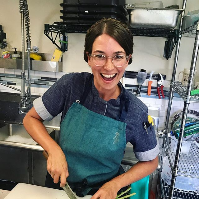 Our friend @farmchefjen will be making a guest appearance next Saturday and she'll be adding a new empanada flavor to our menu to try.  Jen was the corporate chef at Urban Plates who helped to create the menus that a lot of us are familiar with and she also worked for Deckman's south of the border right before having her son Levi.  Jen's super stoked to get back in the kitchen some come say hi and try her limited supply is empanada's!