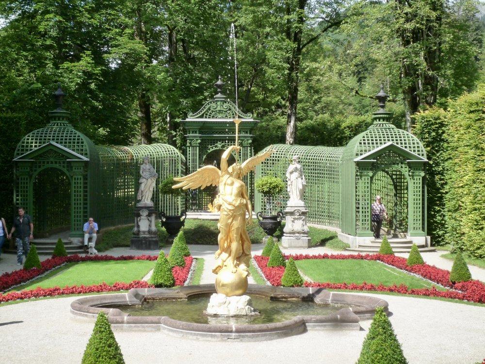 Parken i Linderhof