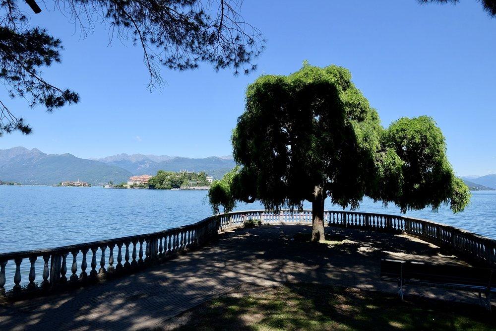 Stresa med utsikt mot ön Isola Bella