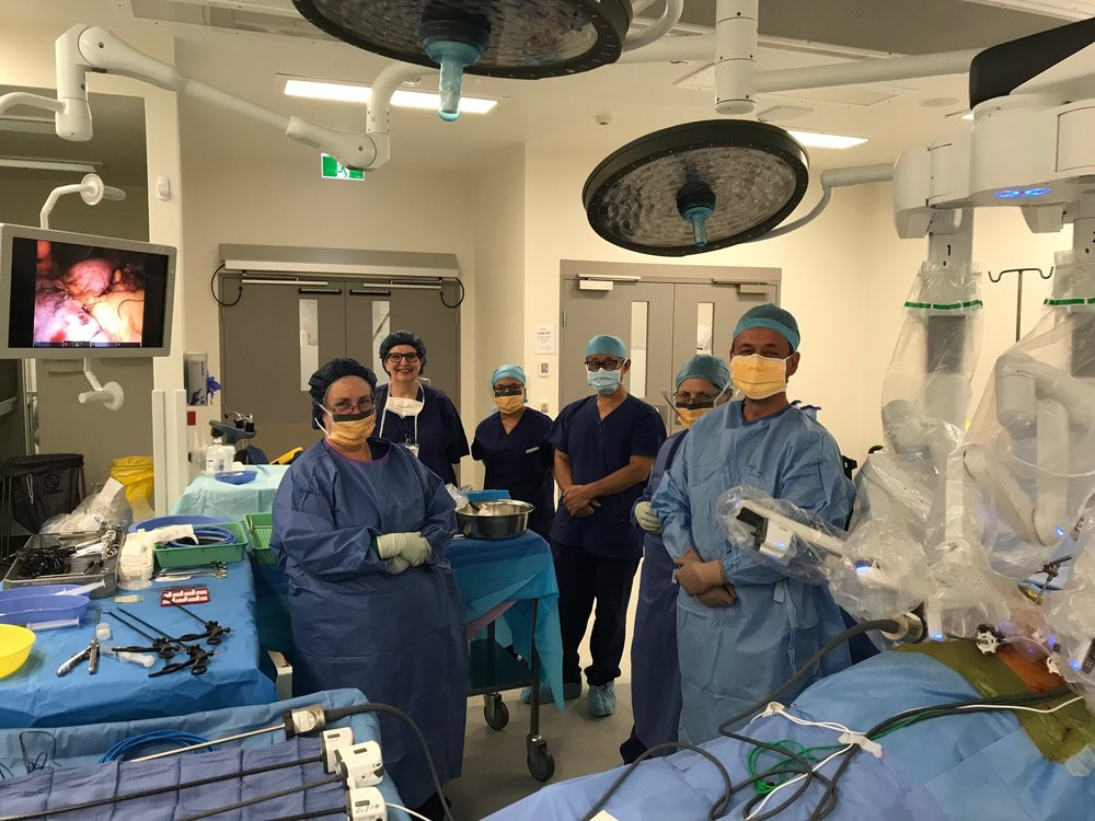 Rootic Sleeve - Dr Oliver Florica and the robotic surgery team.jpg