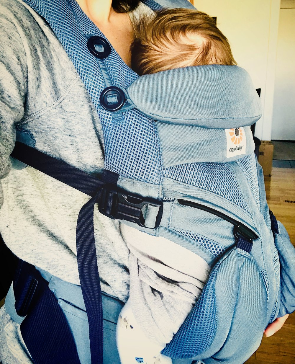 i love my ergobaby baby carrier so i can get things done!