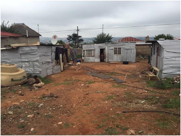 munsieville shacks.jpg