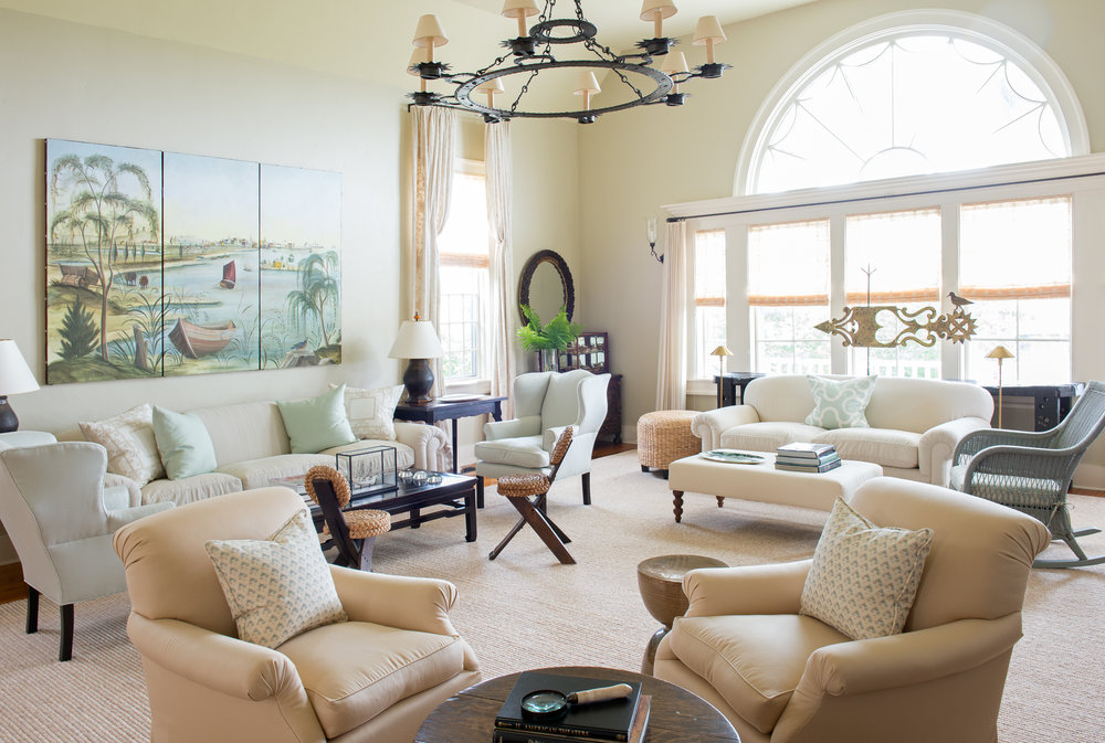 Spacious Living Room.jpg