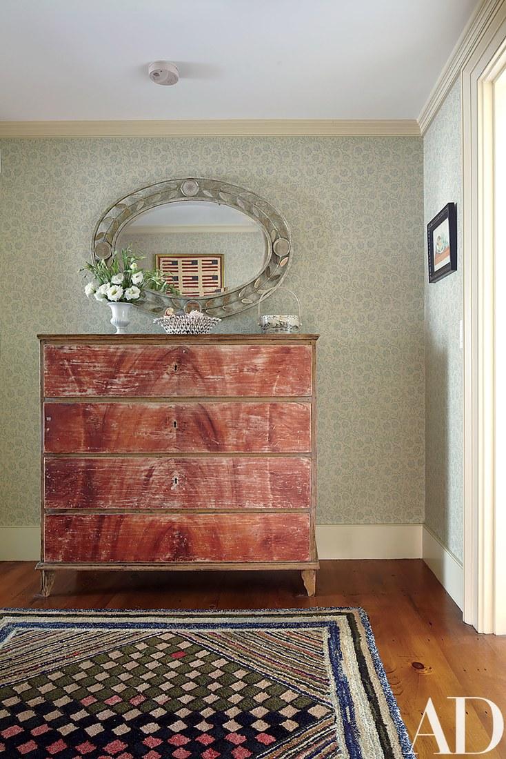Bedroom-antique-chest-10.jpg