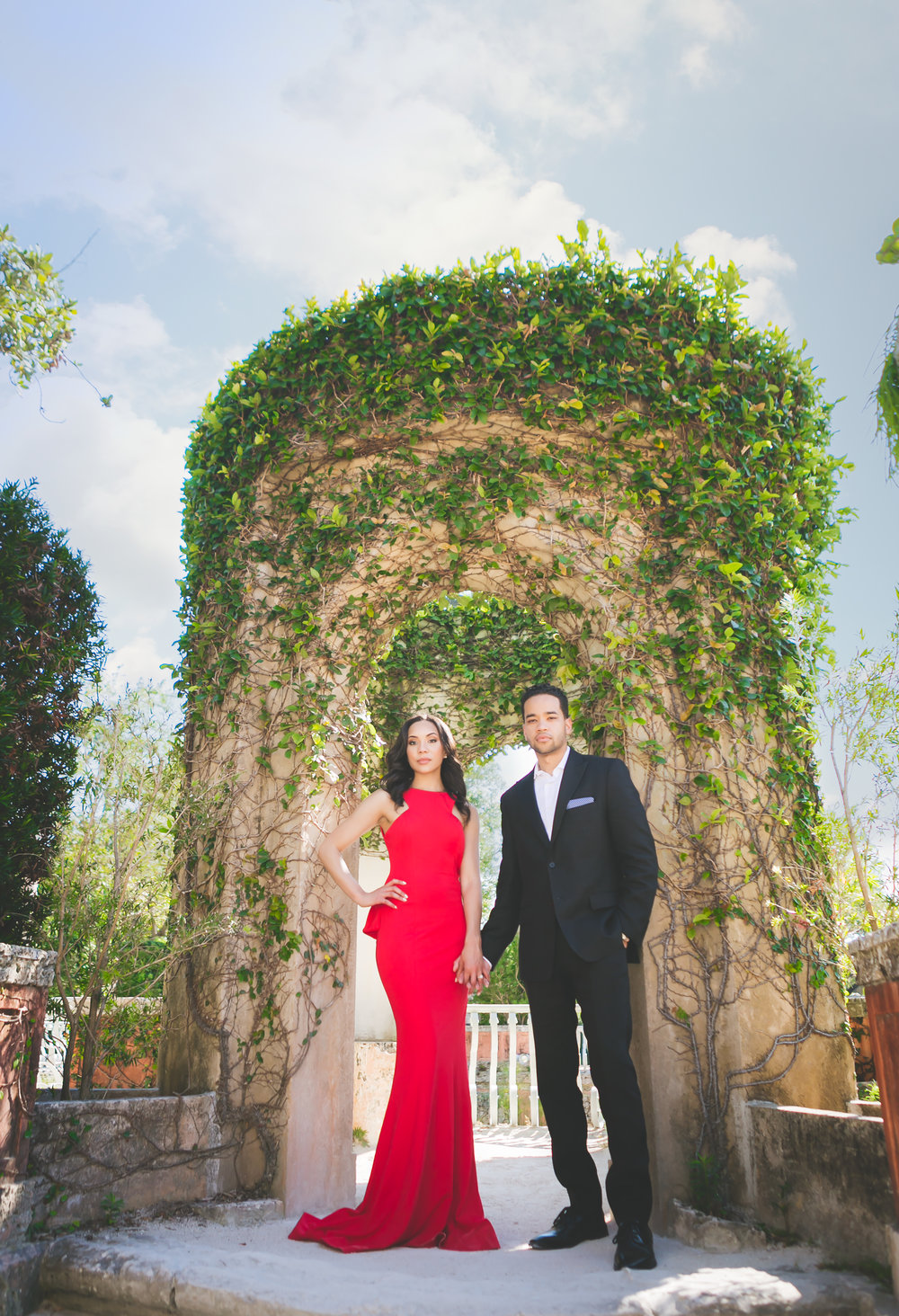 Vizcaya Museum Engagement Photos_9665-Edit.jpg