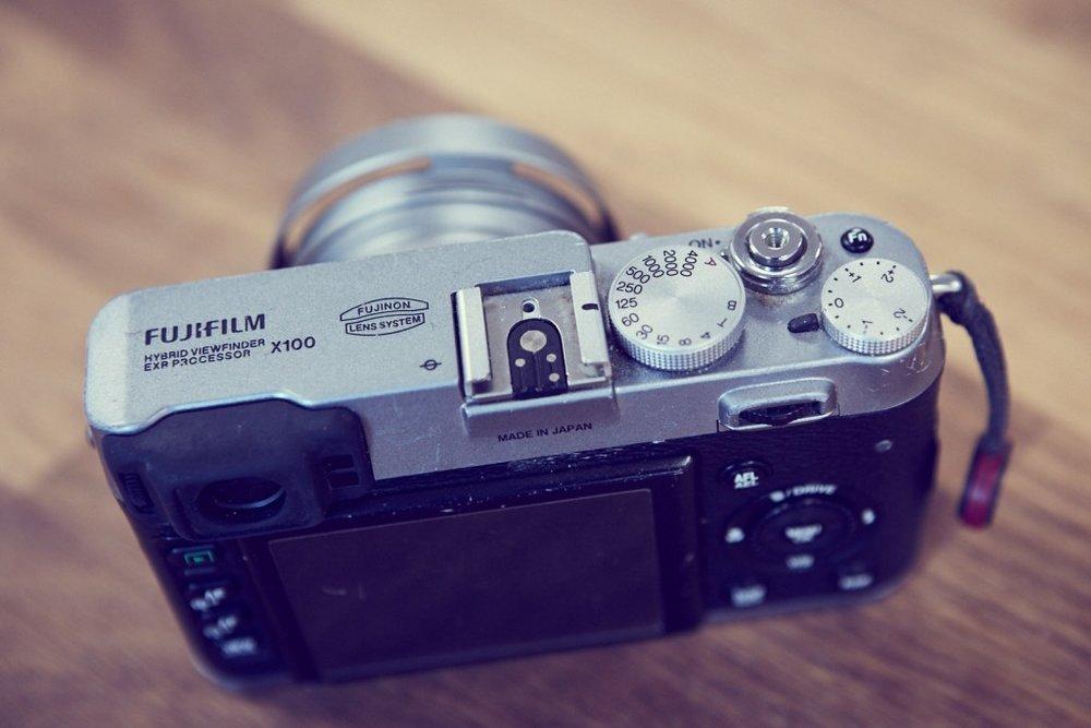 X100 Fujifilm Camera