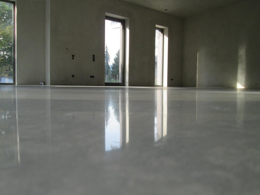 A 3,000 grit shine polish on this basement floor.