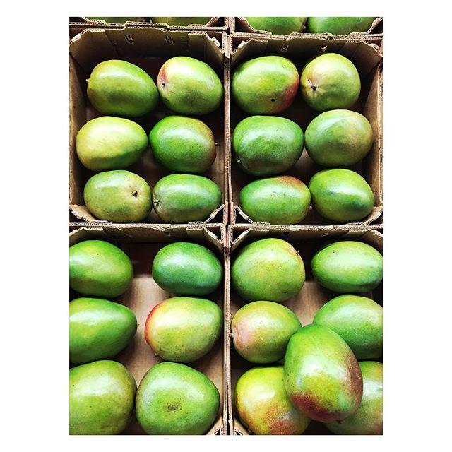 Vitamins.... #mango #fruits #vitamins #colours #green #healthy #onetomuch #juice #mangofruit #shopping #fruitmarket #grossery #grosseryshopping #photography