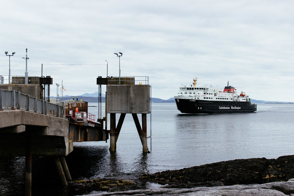 The Clansman approaching Coll. Photo by  @elsaannukka
