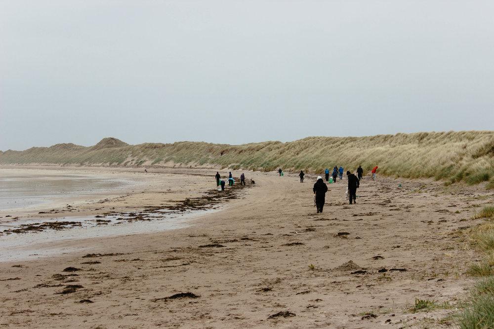 Crossapol beach clean. Photo by  @elsaannukka