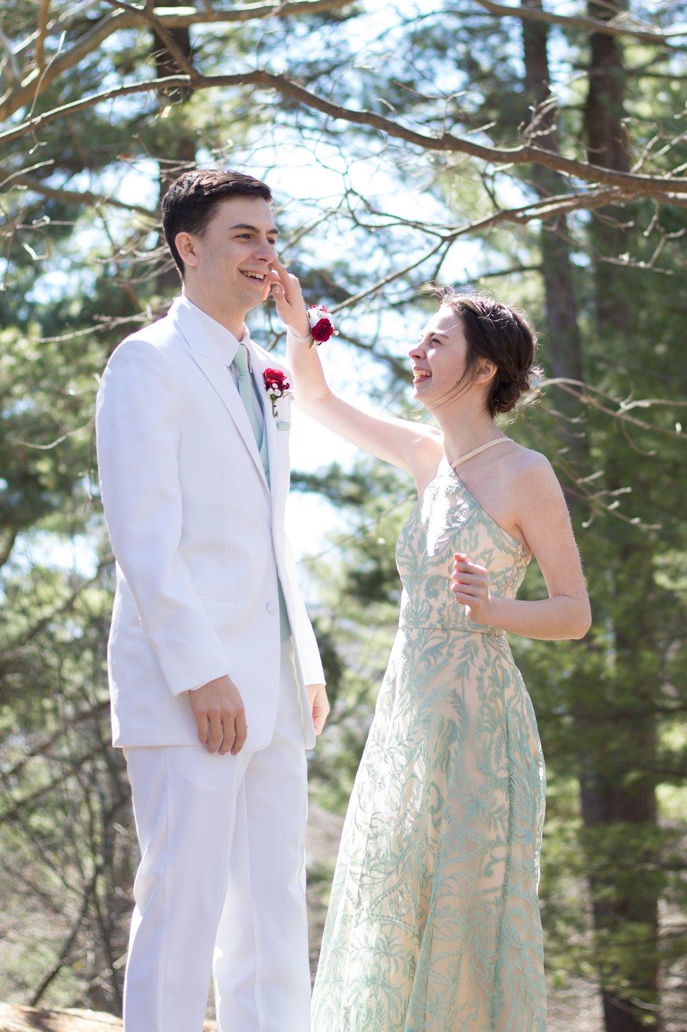 Prom Thomas and Em Thomas (9).jpg