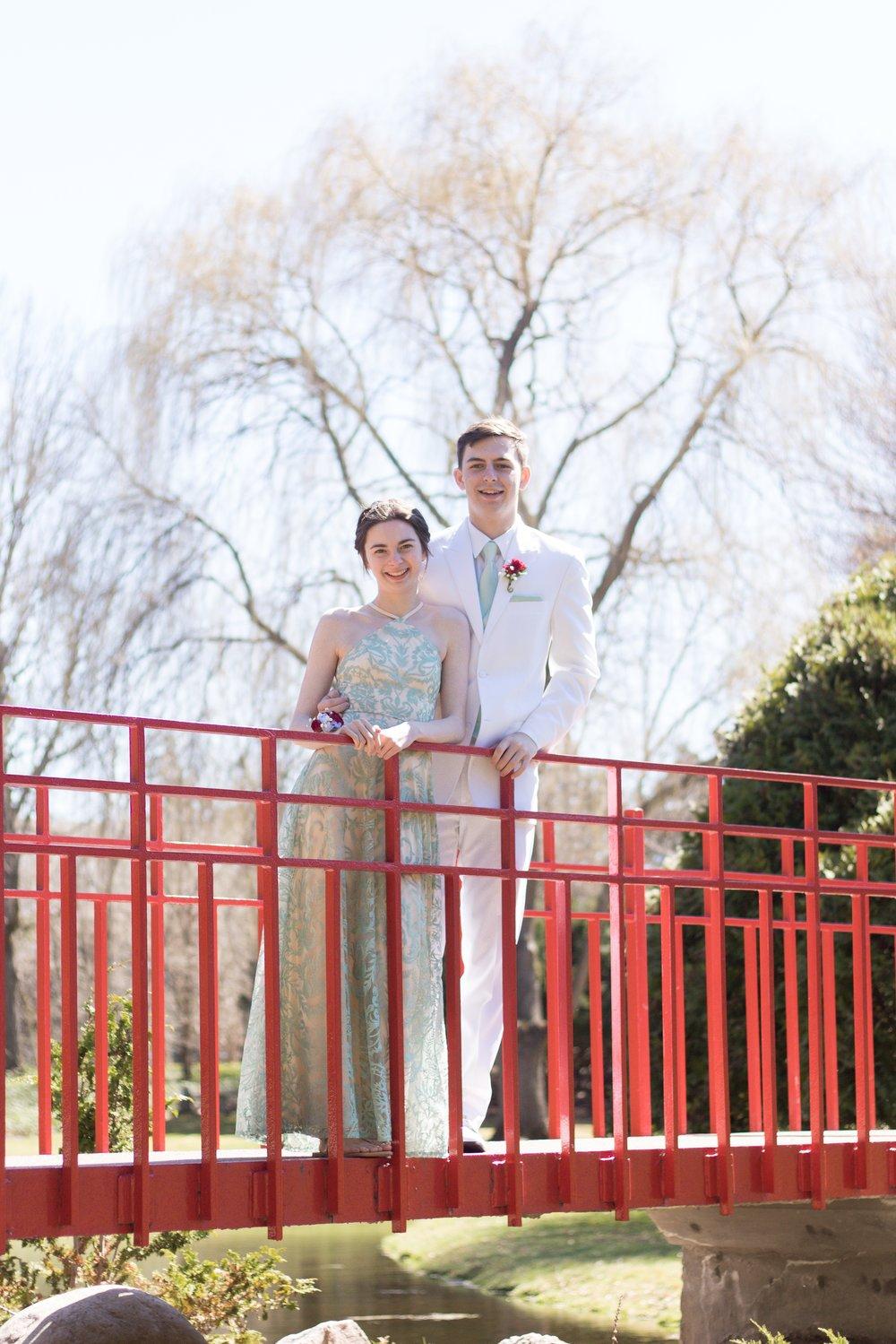 Prom Thomas and Em Thomas (14).jpg