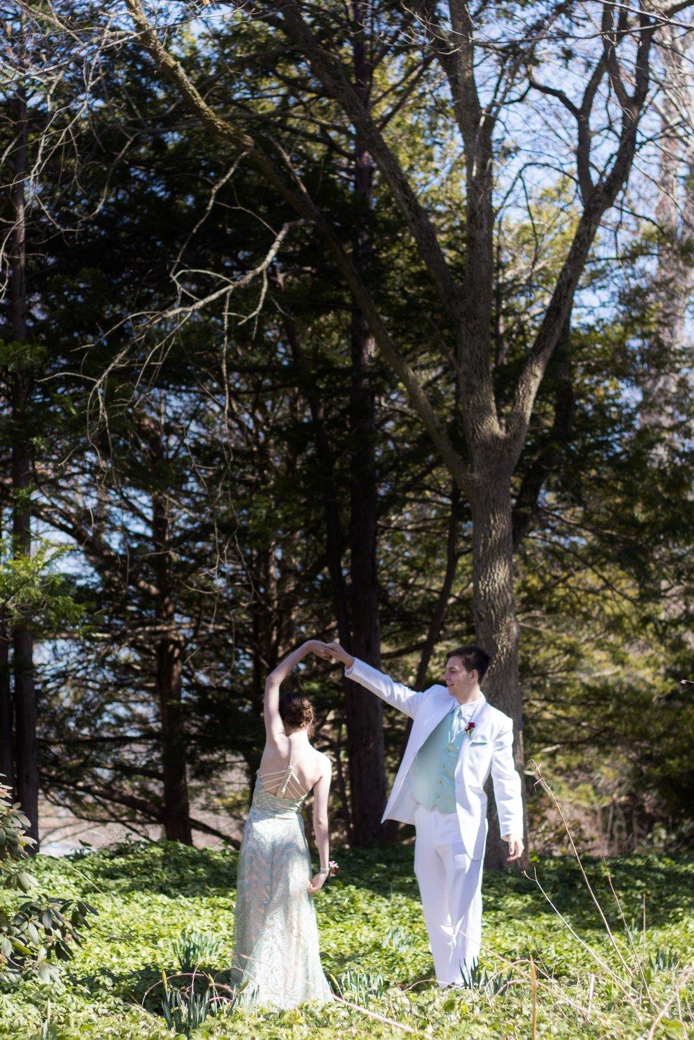 Prom Thomas and Em Thomas (25).jpg