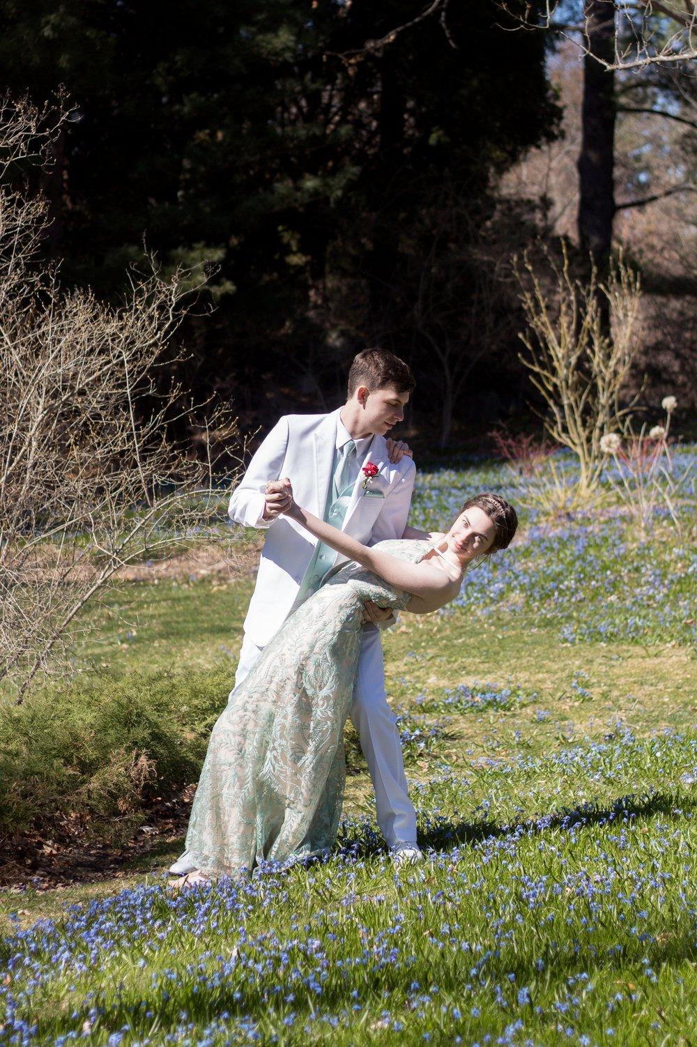 Prom Thomas and Em Thomas (48).jpg