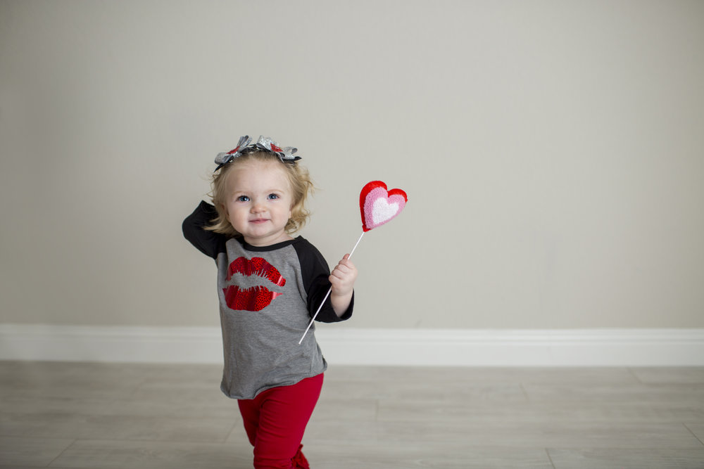 Lakelyn Valentines Mini Session 01172019  (6).jpg