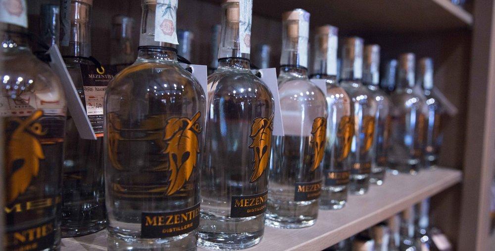 immagine-bottiglie-mezenties-per-sito.jpg