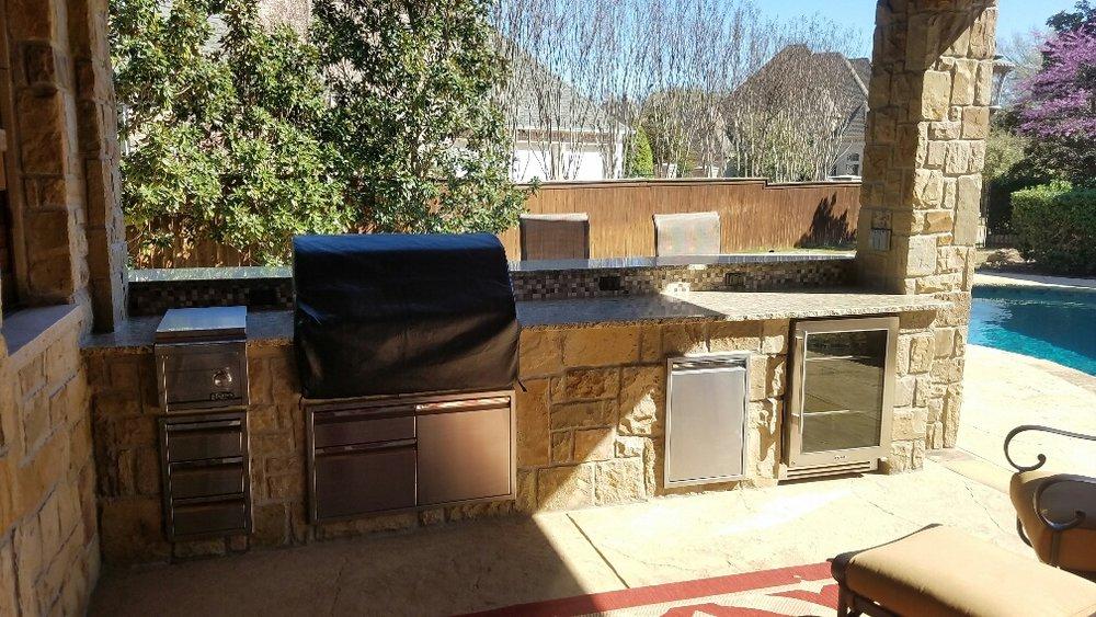 Breuer 1334 ODL Kitchen (3).jpg