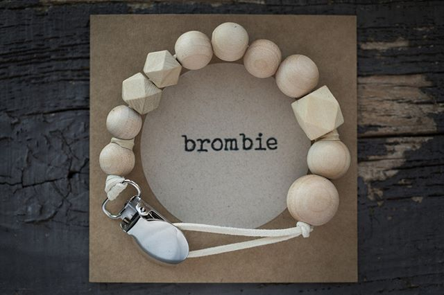 brombie's beloved natural geometric wood beaded clip.
