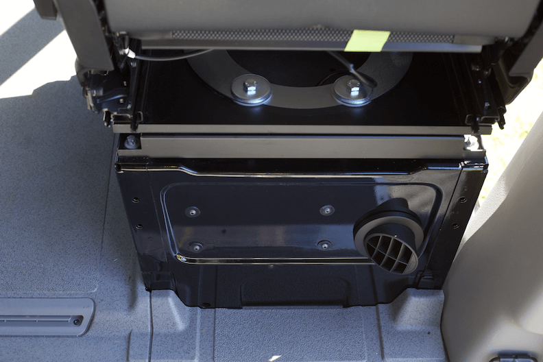 Seat swivel and DHeater vent install in passenger seat pedestal