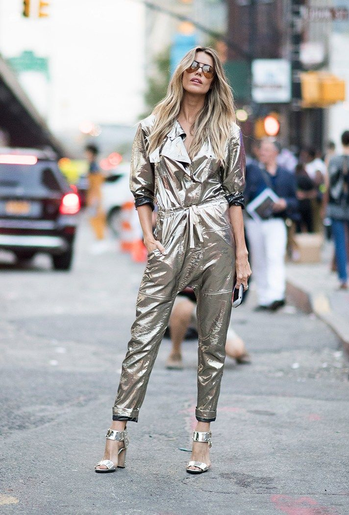 20ee173af00ad4dd4f97d75f7dfc7094--gold-jumpsuits-metallic-jumpsuits.jpg