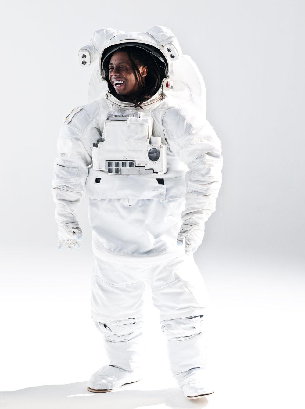 WEB03-01_02_Space_Suit_Miami_085-RT.jpg