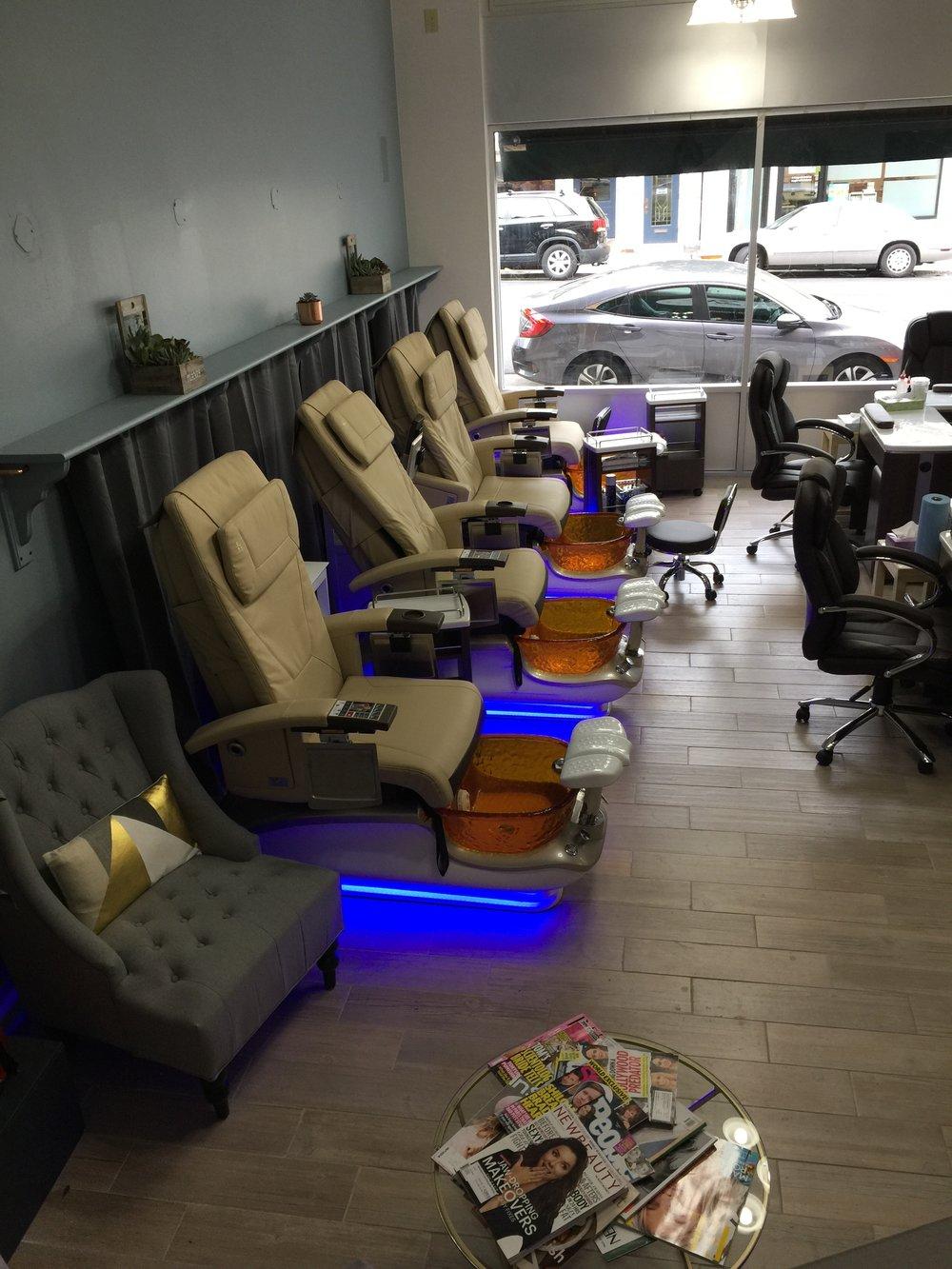 Blossom Lounge.JPG