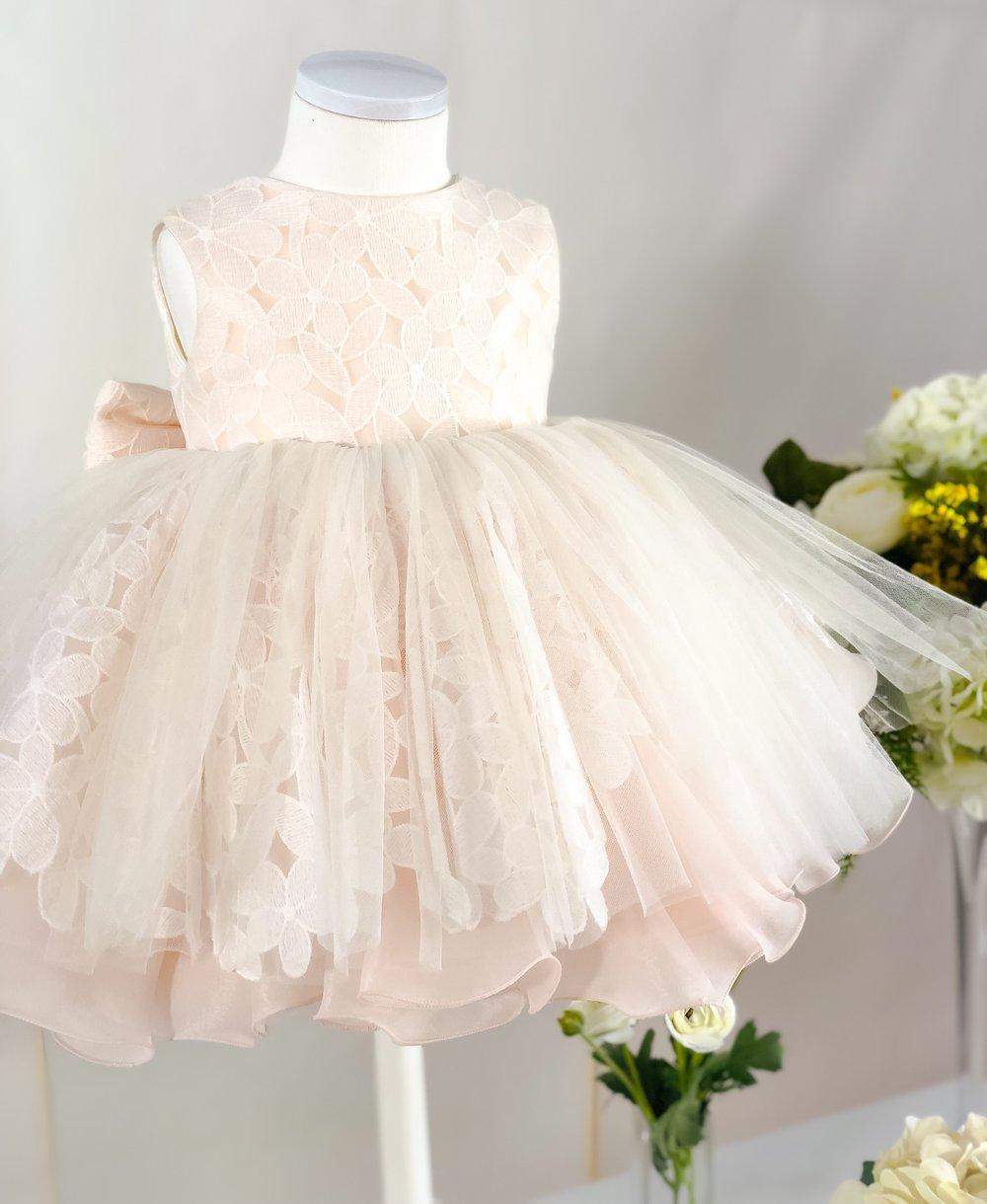 핑크 레이스 드레스 (Pink lace dress)