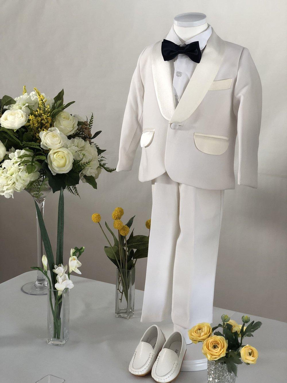 화이트 턱시도 (White Tuxedo)