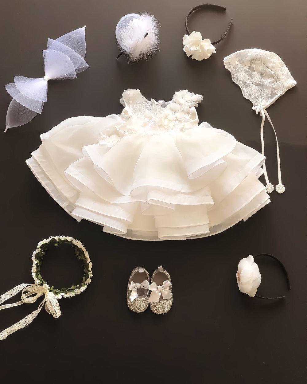 dress rental - Dresses will include matching accessories (randomly picked - lace hat, hair bands, shoes, etc.)각상품에 어울리는 3~5가지 악세사리(화관, 머리띠, 레이스 모자, 신발, 머리핀 등등)로 풀대여 구성으로 보내드립니다.
