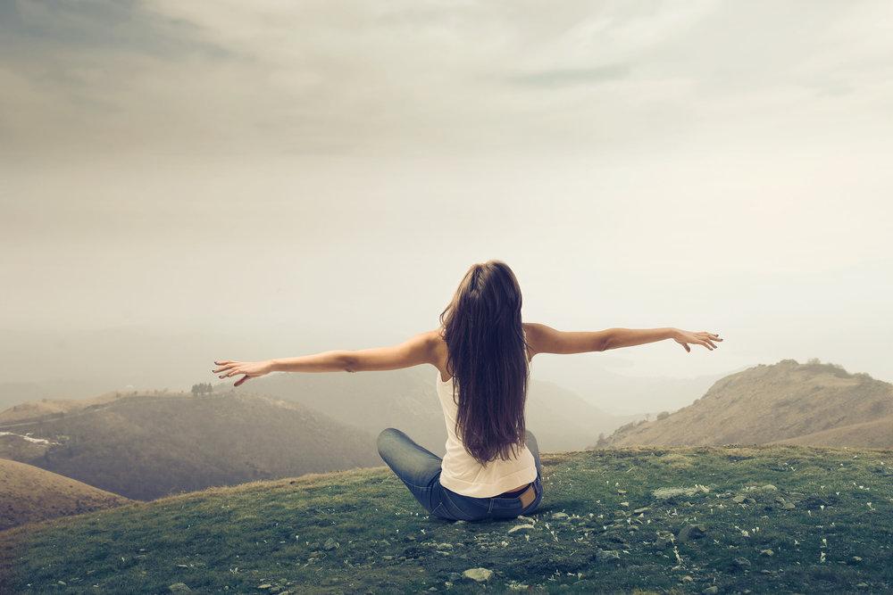 girl_enjoying_the_freedom_in_a_wasteland_by_macinivnw-d68mwd51.jpg