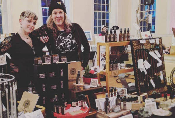 LoWreck and Chrissy at the Pop Rocks Craft Fair (Feb 11, 2018). Photo by Taiphoon.