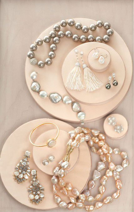 7026.Martha_2D00_Stewart_2D00_pearls.jpg