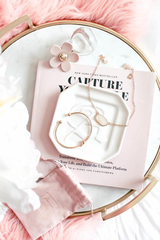 glam-jewelry photo-1001.jpg
