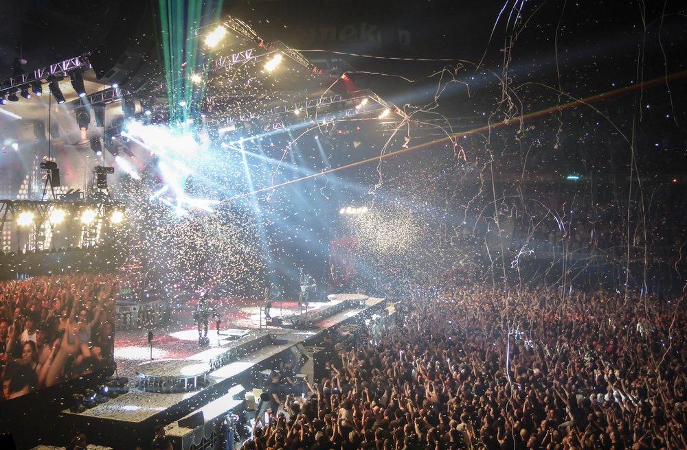 audience-celebration-city-258804.jpg